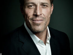 The Pursuit: Tony Robbins' 5 Steps to Break Through Your Limits